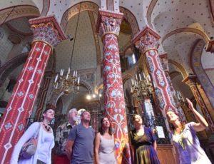 visite de l'abbatiale Saint-Austremoine à Issoire, chef d'oeuvre de l'art roman