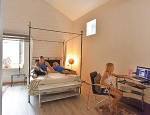 Repos dans une chambre d'hôtes proche de l'autoroute A75, à proximité d'Issoire