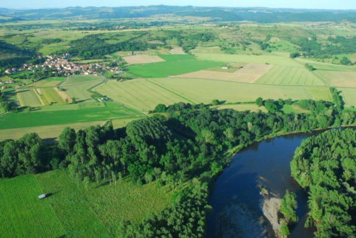 La rivière Allier vue d'en haut