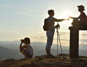 Coucher de soleil sur le Sancy en haut du pic du Brionnet à Saurier