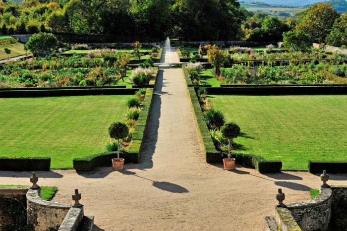 Jardins du château d'Hauterive à Issoire,Puy-de-Dôme, Auvergne
