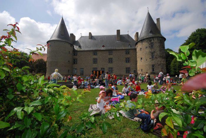 Sortie scolaire au château de Villeneuve-Lembron