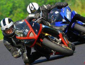 Pilotage moto au circuit d'Issoire
