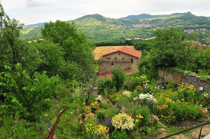 Montpeyroux, plus beau village de France, puy-de-dôme-auvergne
