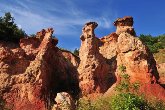 """La vallée des saints à Boudes, aussi appelé """"petit colorado auvergnat"""""""