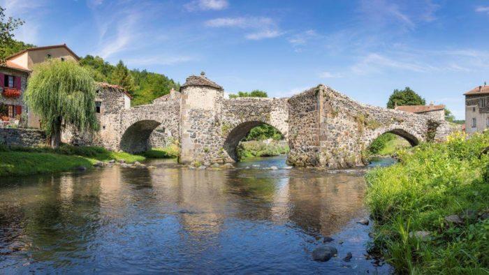 Le pont médiéval de Saurier