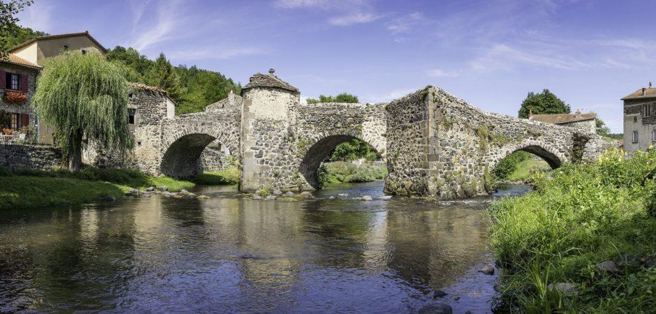 Pont médiéval de Saurier @OTPI-Elyas-Saens