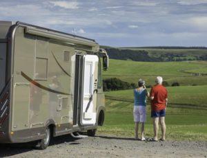 Camping-car dans le Cézallier en auvergne