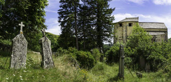 chapelle Roche Charles dans le cézallier