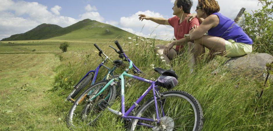 Cyclistes au mont Chabrut @OTPI-Elyas-Saens