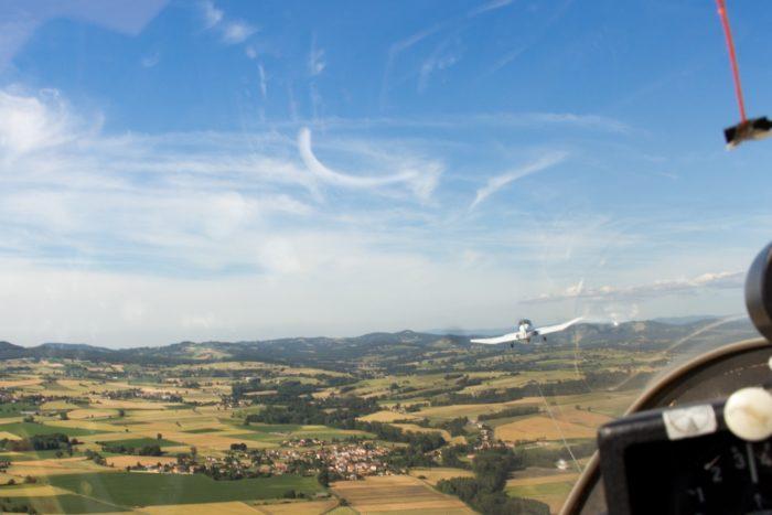 vol à voile tiré par l'avion remorqueur