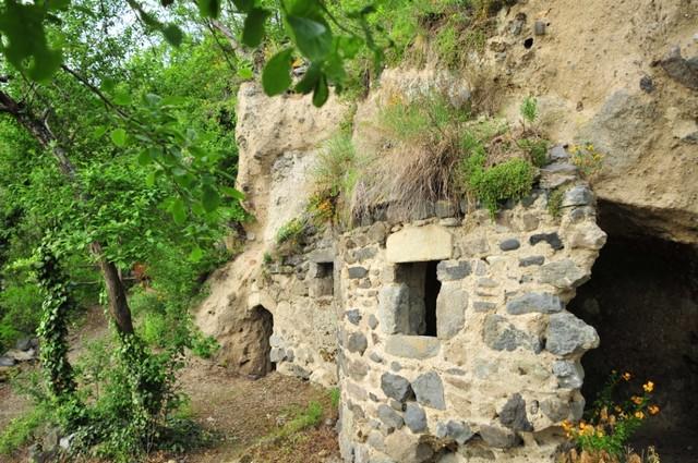 Perrier- Visite familiale des troglodytes -N. Dutranoy_Web