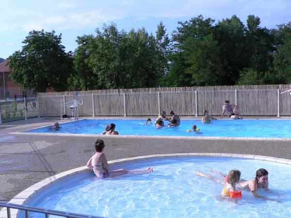 piscine-camping-de-Lempdes