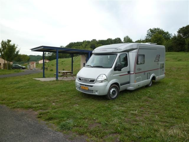 TOURZEL Aire Camping Car internet