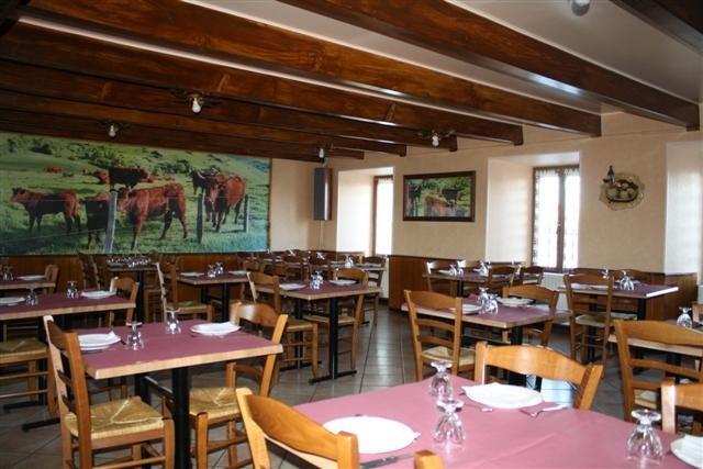 ST ALYRE ES MONTAGNE Restaurant La Cabane Salle Internet