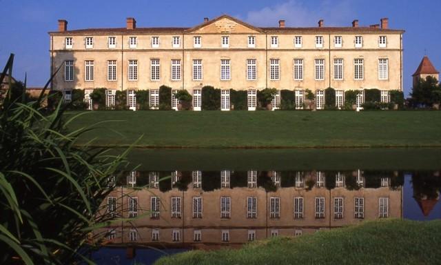 PARENTIGNAT chateau et son Parc