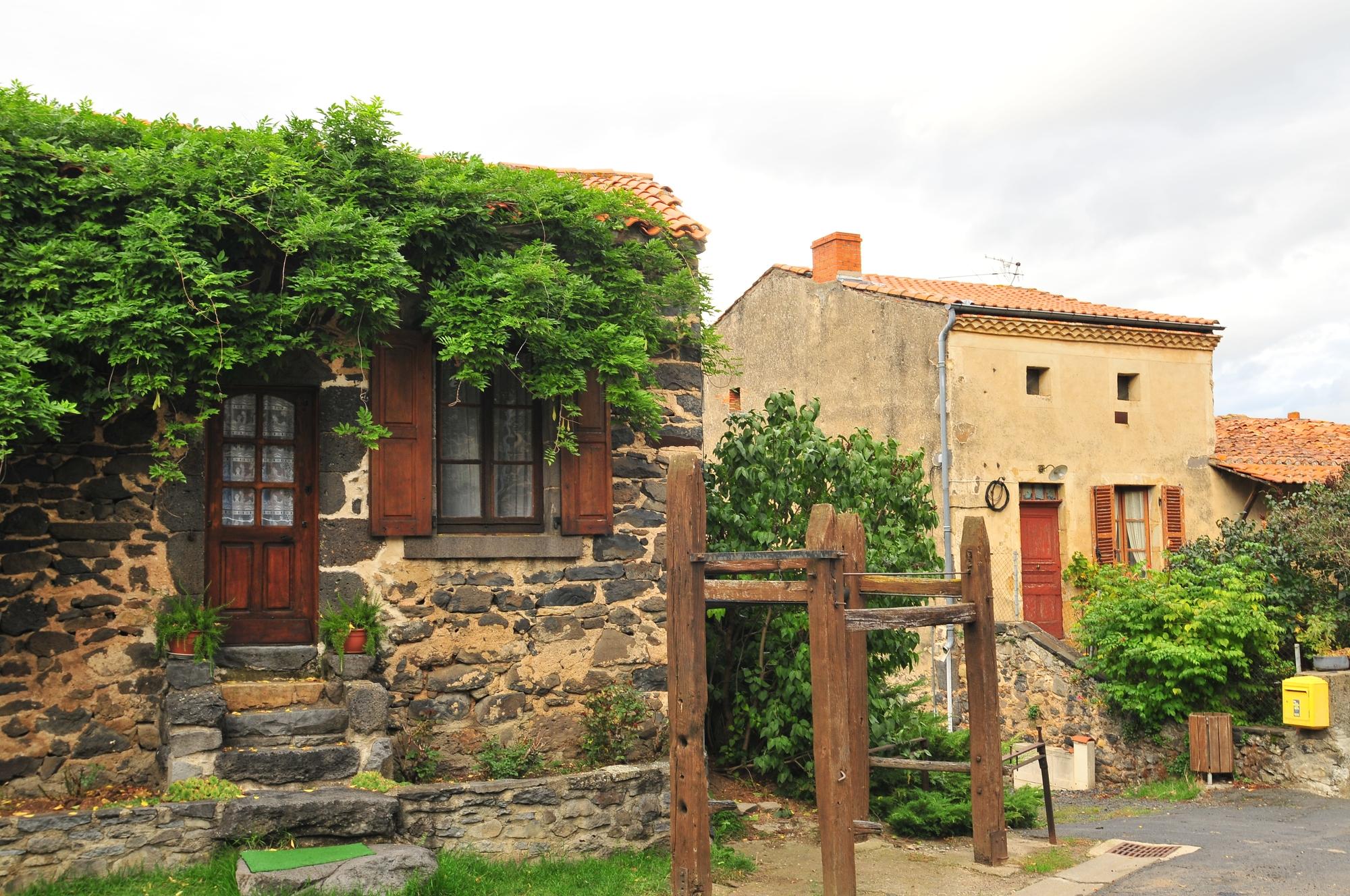 Village de Villeneuve-Lembro