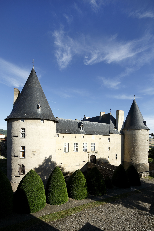 Château de Villeneuve-Lembron