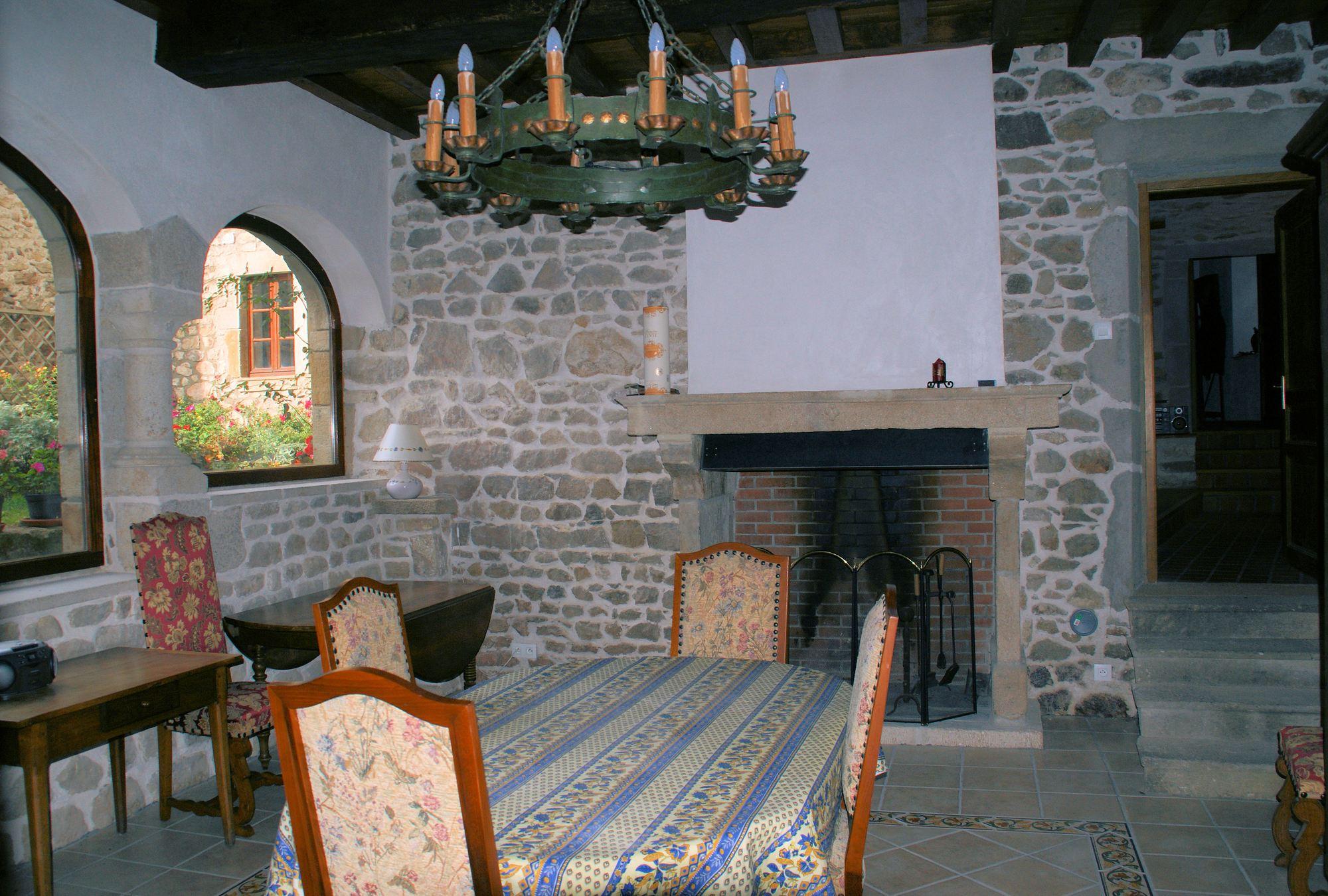 chambres d'hôtes le cantou à montpeyroux