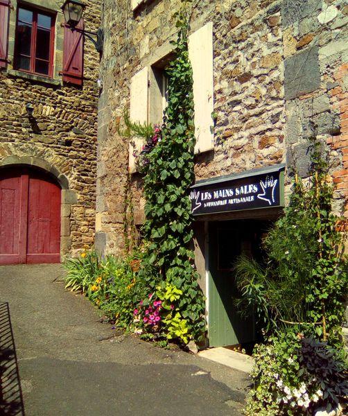 Savonnerie Les Mains Sales – Saint-Floret