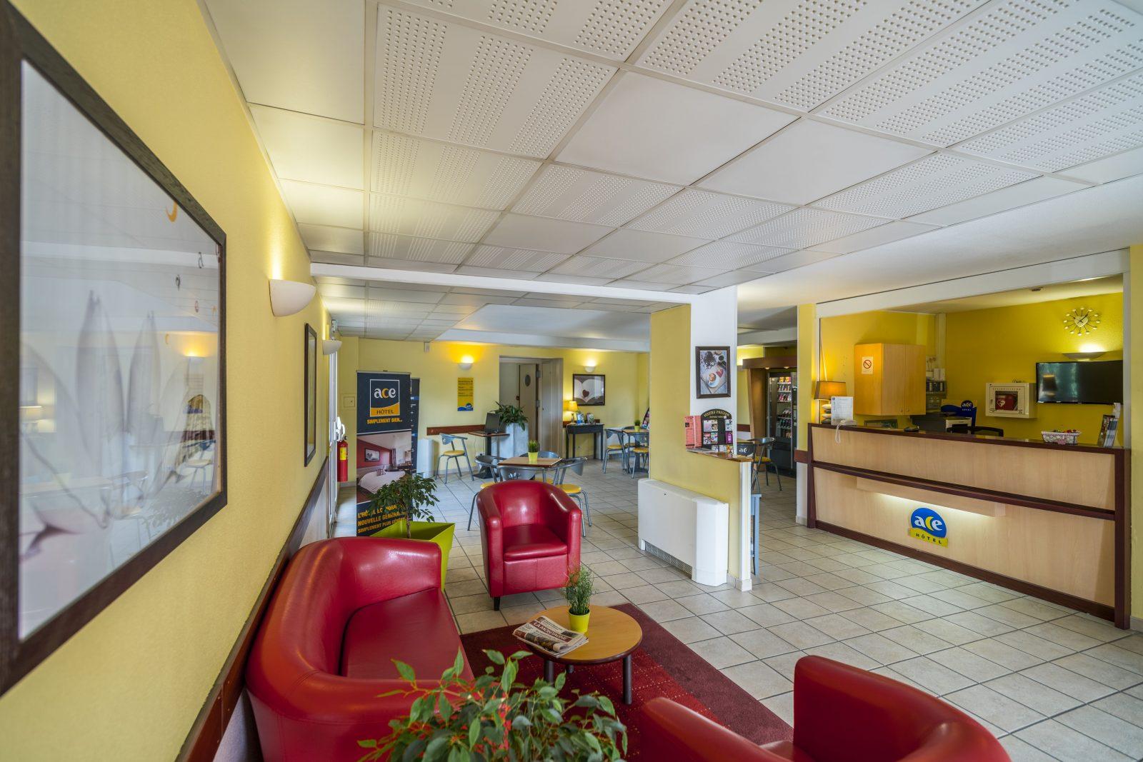 ace h tel office de tourisme du pays d 39 issoire. Black Bedroom Furniture Sets. Home Design Ideas