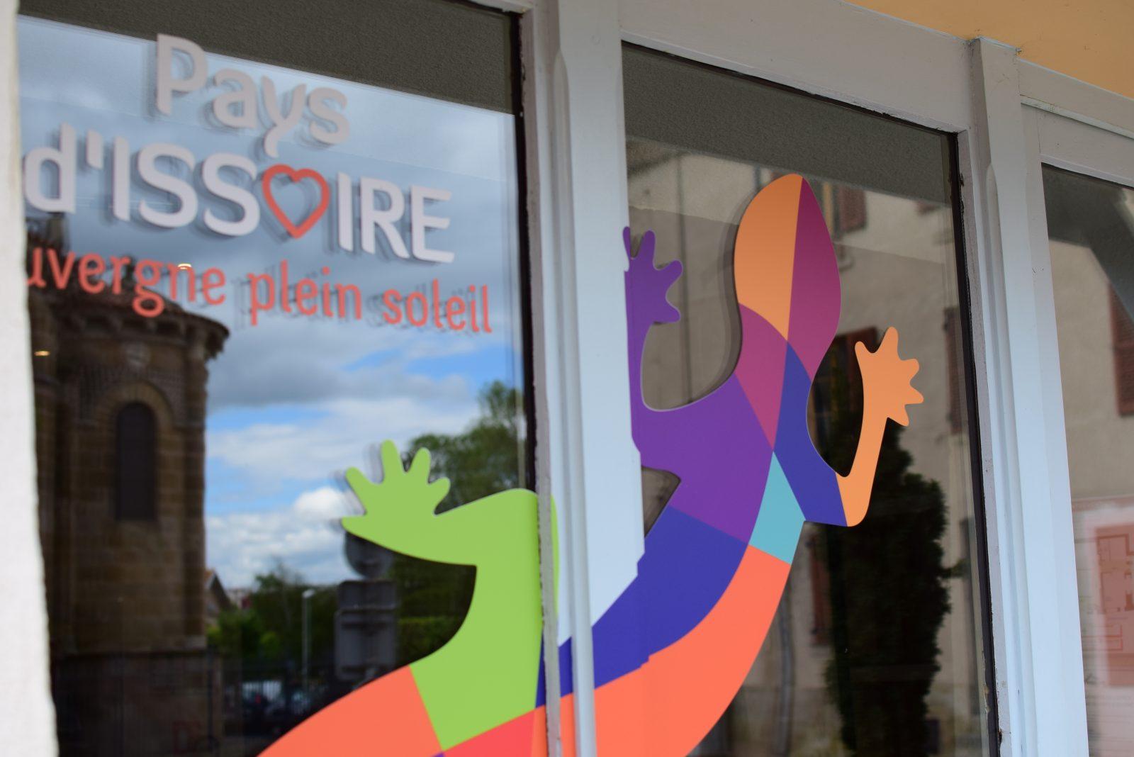 extérieur office Issoire logo